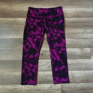 Lululemon Cropped Magenta Marble Leggings